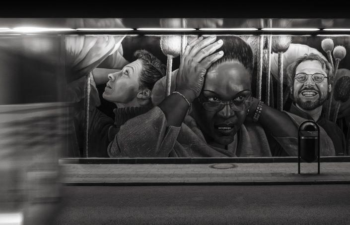gare-du-nord-bus-noir-et-blanc
