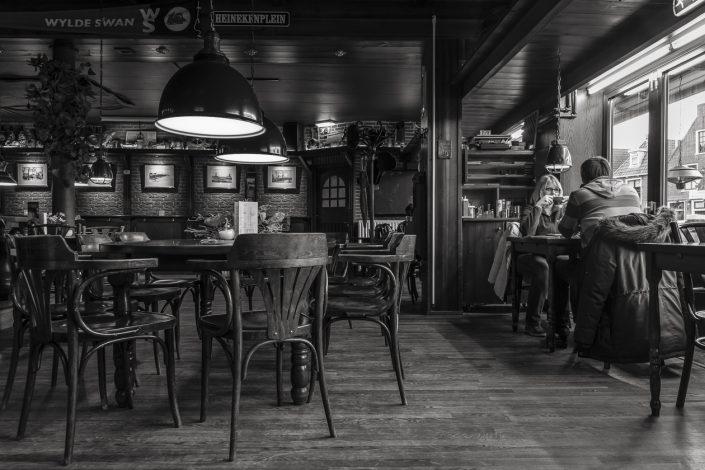 zeeland-taverne-couple-noir-et-blanc